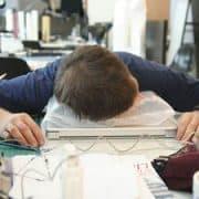 7 redenen om te stoppen met saai werk medium